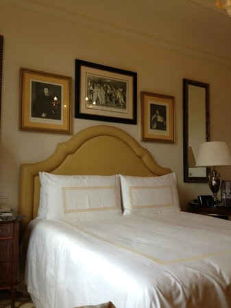 Four Seasons Hotel Firenze: Premier Room