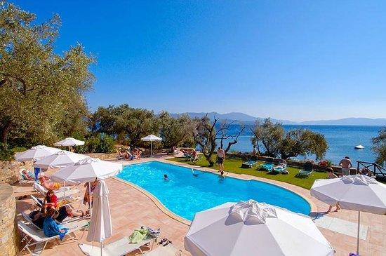 Chorto, اليونان: Pool side view