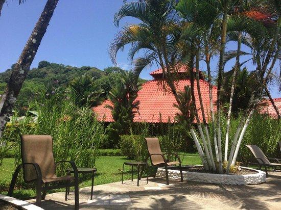 Villas Rio Mar: Pool area
