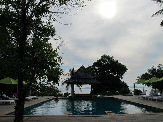 GLOW Elixir Koh Yao Yai: pool