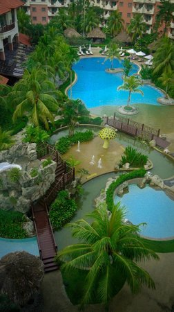 Waterfront City, Indonesia: pool in the day