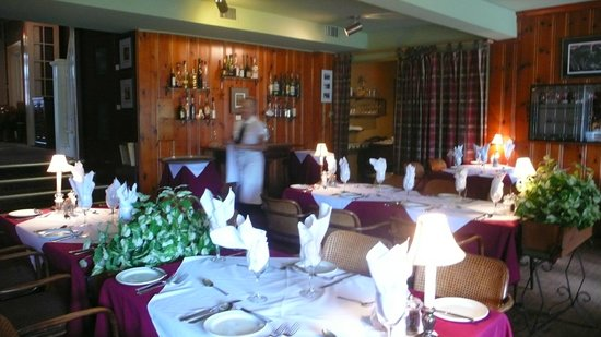 Waterlot Restaurant: Just before the lunch rush.
