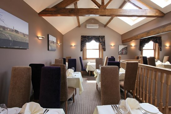 Millers Bar & Restaurant: Relaxed, comfortable dining