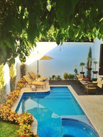 Casa Azul Hotel Monumento Historico: Pool area