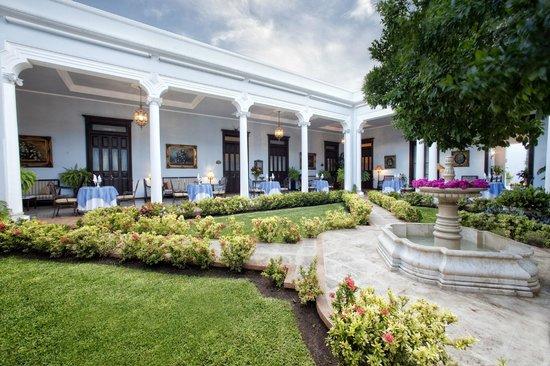 Casa Azul Hotel Monumento Historico: Fountain