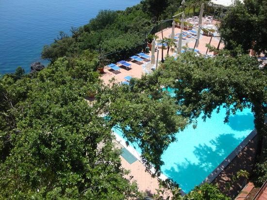 Hotel spa villa del mare acquafredda 1 for Acquafredda salon