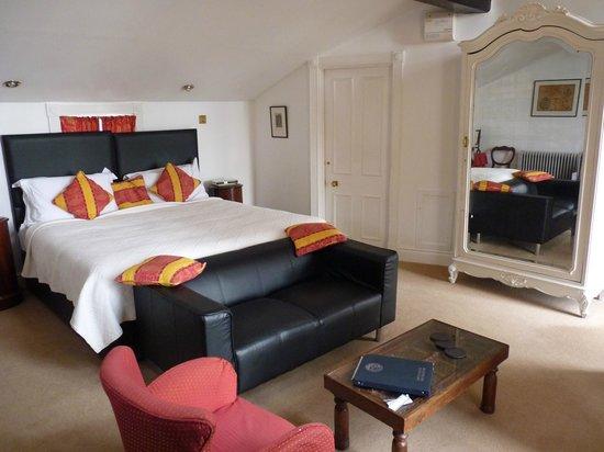 Hotel Portmeirion: The room