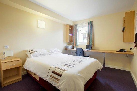 Victoria Hall, Liverpool: Deluxe bedroom