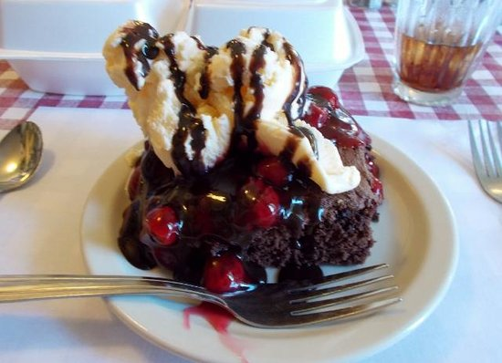 The Ronneburg Restaurant: The AWESOME Black Forrest Brownie. SOOOO GOOD!!