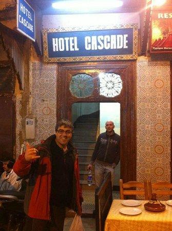 Hotel Cascade: Entrada