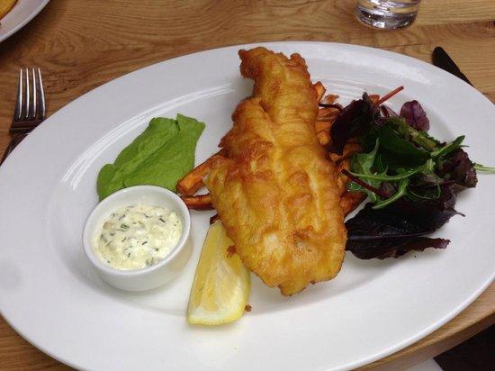 The Three Pigeons Inn : Brixham Beer-Battered Fish & Chips
