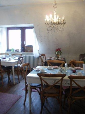Barbarossa Garni Hotel: Breakfast room