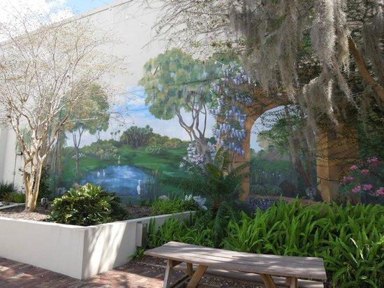 Orlando Shakespeare Theater: Mural in Back Patio