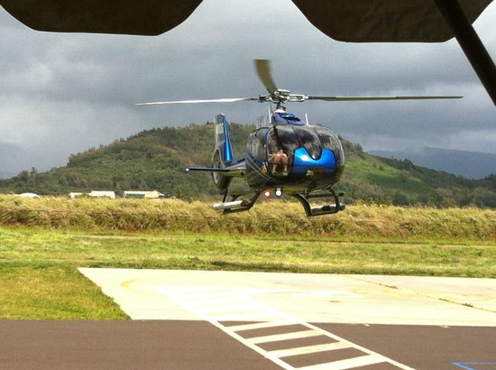 Post Ride Photo Op  Blue Hawaiian Helicopters  Kauai Lihue  TripAdvisor