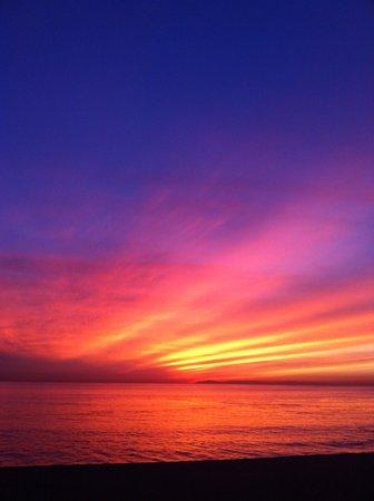 Surf & Sand Resort: Sunset from Splases Bar