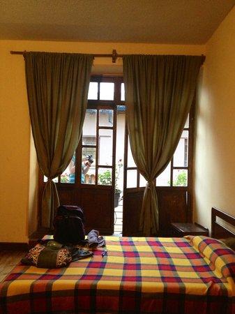 La Posada Colonial : Our room