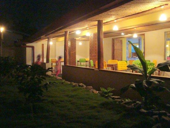 Don Mateo: Terraza de noche
