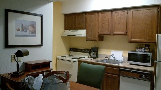 Hawthorn Suites By Wyndham Fishkill/Poughkeepsie Area: Room