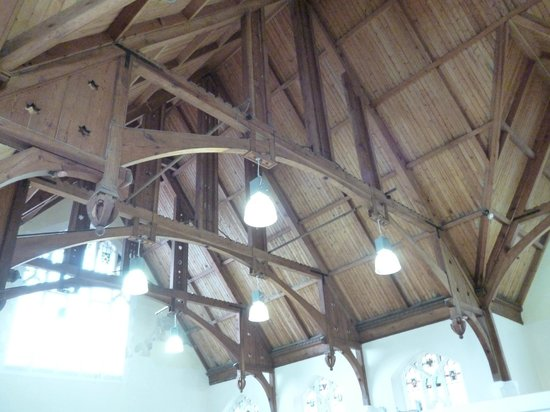 Lyn Valley Art and Crafts: Amazing ceiling