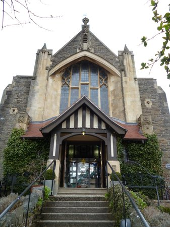 Lyn Valley Art and Crafts: Converted Church