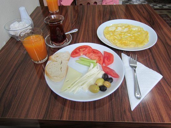 Little House Hotel : Breakfast