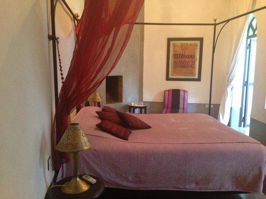 Riad Davia: room
