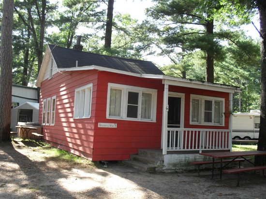 Lakeshore Resort: Strawberry Wine-sleeps 8