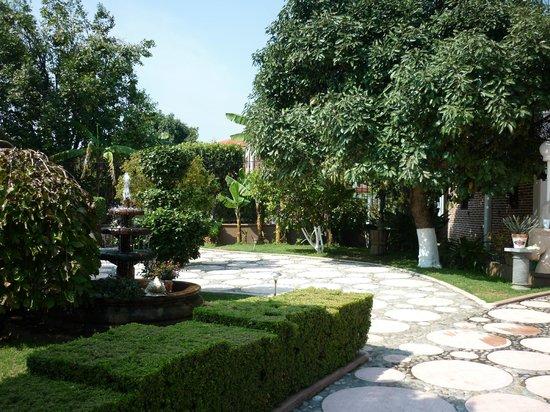 Paraiso - Hotel, Garden & Spa: Jardín