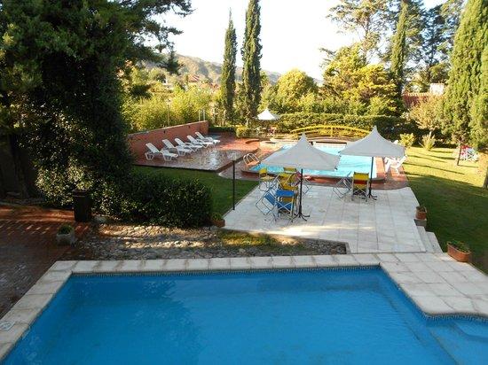 Hotel Blumig: piscina climatizada , jardines y otra piscina