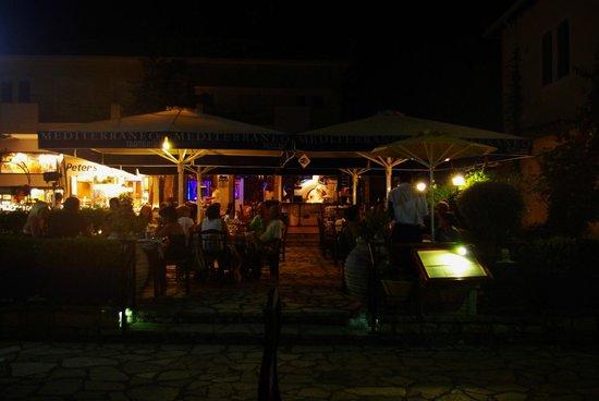 Mediterraneo Pizzeria & Trattoria