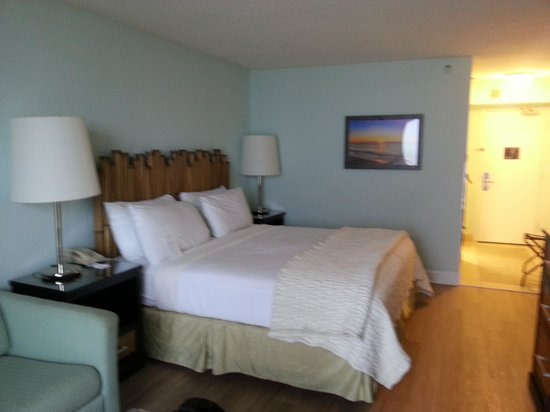Tides Folly Beach: Our beautiful room