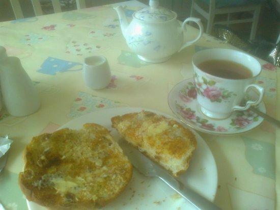 The Tea Station: teacake and tea