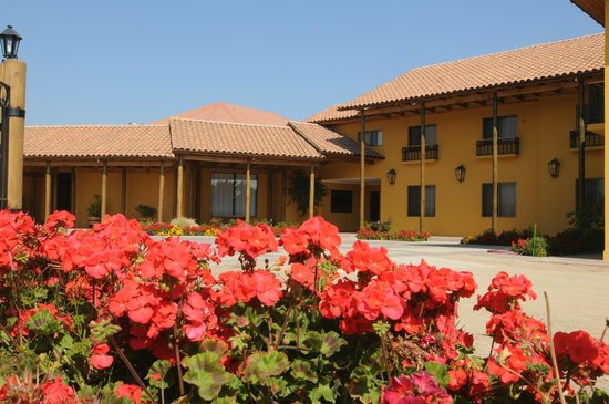 Ontiveros Hotel : En San Fernando, puerta de entrada a la Ruta del Vino, visite Ud. Hotel Ontiveros. Es un edifici