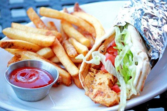 Pita Grille: Chicken Pita