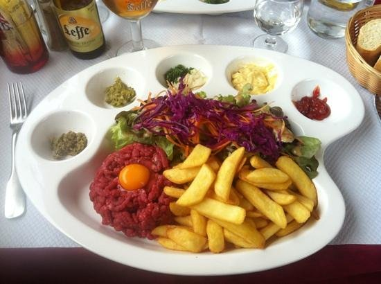 Le Relais Fleuri : Steak tartare...