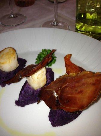 Cappuccini Franciacorta Resort: purea di patate viola con capesante