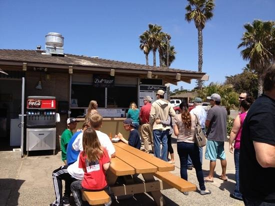 Bull Taco: outdoor dining overlooking the surf