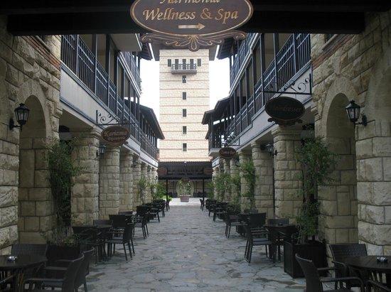 Paloma Grida Resort & Spa: Paloma Grida Village Street