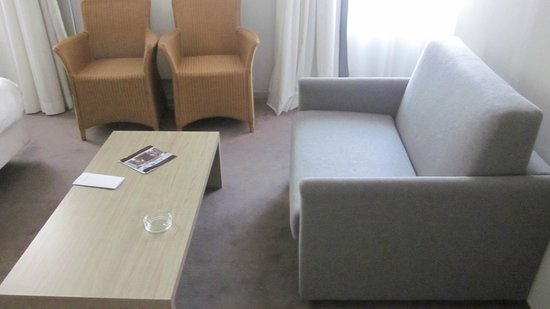 Hotel Saint Sauveur: zithoek