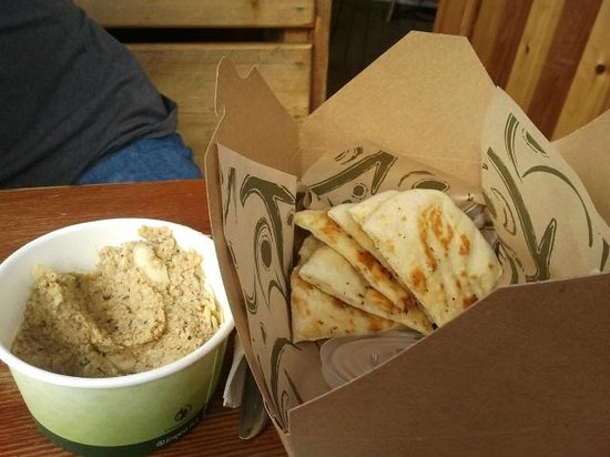 Hummus with naan bread