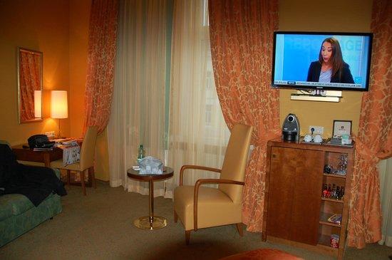 Small Luxury Hotel Das Tyrol : Coin salon