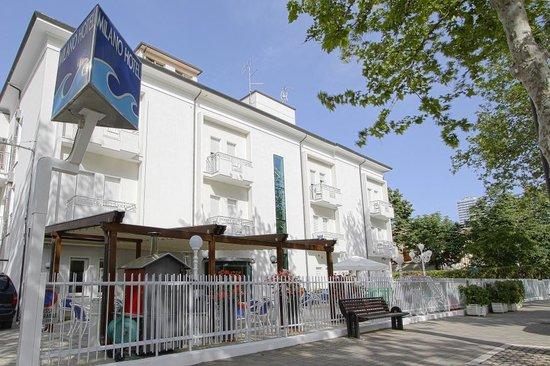 Hotel milano cesenatico itali foto 39 s reviews en - Bagno florida cesenatico ...