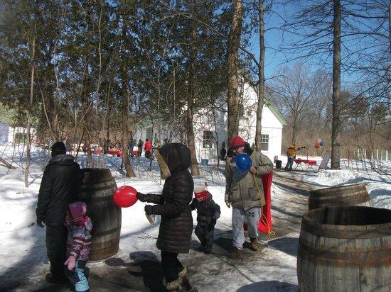 Le Parc du Bois-de-Coulonge : En mars, le parc ouvre sa cabane à sucre