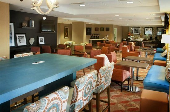 Hampton Inn Sarasota I-75 Bee Ridge: Hampton Inn Sarasota Lobby Lounge area