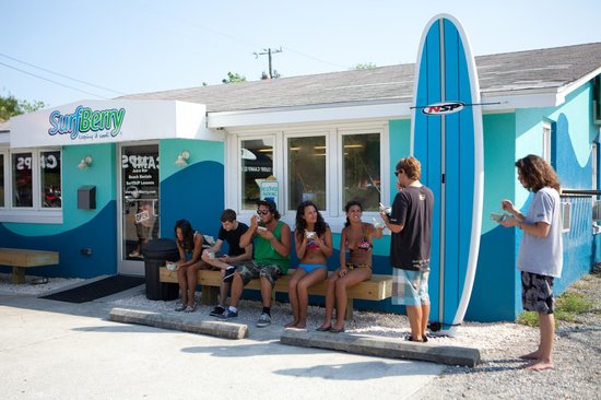 SurfBerry: Wrightsville Beach's Frozen Yogurt Bar
