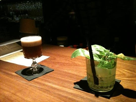Volta: some delicious  cocktails at the bar