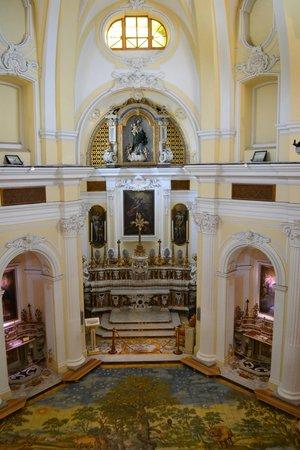 Santa Maria a Cetrella : Inside church