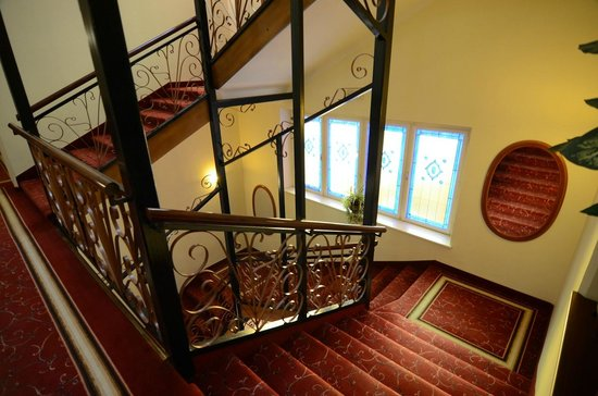 Hotel W.A. Mozart: staircase