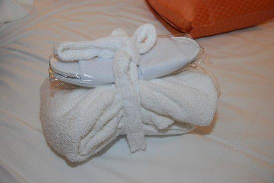 Amadria Park Hotel Milenij: Bathrobe and slippers