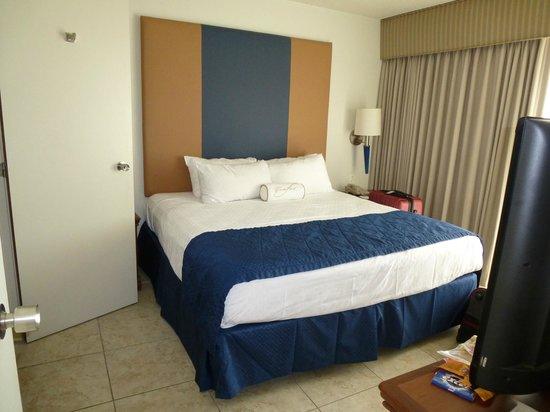 Royal Palm Beach Resort: Bedroom